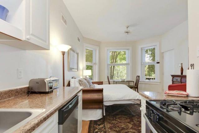Сколько стоит квартира в вашингтоне дом на крите у моря